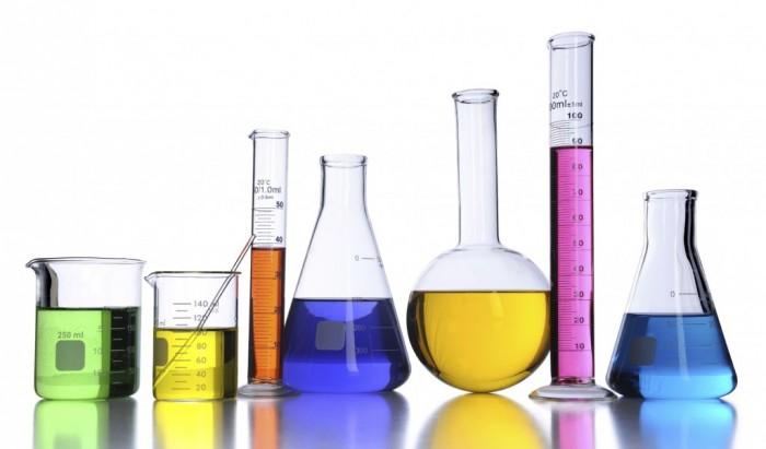 Laboratório de tintas e cores